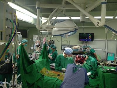 <ul> <li>聖保祿修女會總會與香港省會核准醫院重建及財務計劃。</li> <li>10月第一例心臟外科開心手術。</li> <li>11月提供免費復康巴士就醫。</li> </ul>